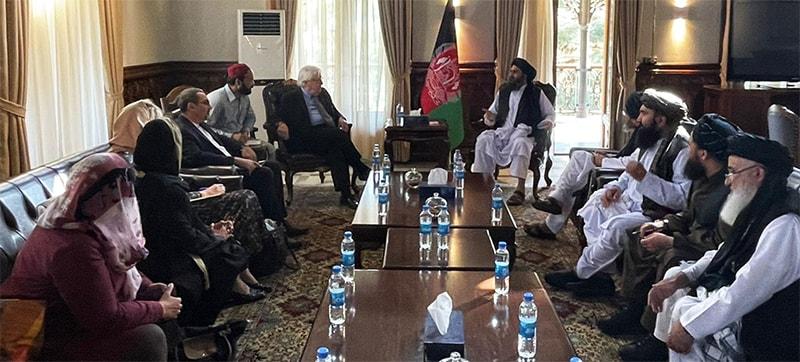 طالبان وفد کی اقوامِ متحدہ کے ریلیف کوآرڈینیٹر سے ملاقات میں خواتین ایڈ ورکر بھی موجود ہیں