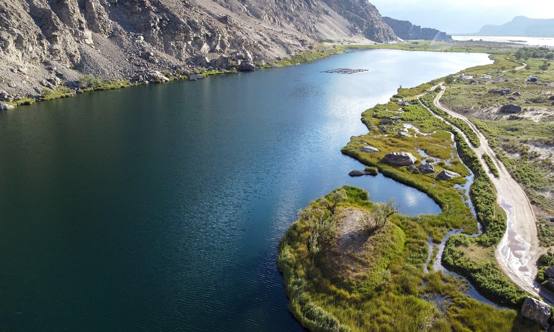 شگر کی مشہور اندھی جھیل جسے زربہ سو کے نام سے جانا جاتا ہے
