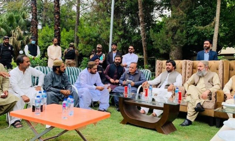 Balochistan Chief Minister Jam Kamal Alyani meets a delegation of the Balochistan Awami Party in Khuzdar on Saturday. — Photo via Govt of Balochistan Twitter
