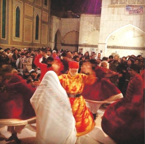 Dhamaal at Shahbaz Qalandar's shrine in 2014, Sehwan Sharif | Hasan Zaidi