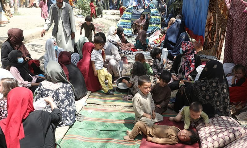 This file photo shows internally displaced families from northern provinces, who fled from their homes due to the fighting between Taliban and Afghan security forces, take shelter in a public park in Kabul, Afghanistan. — Reuters/File