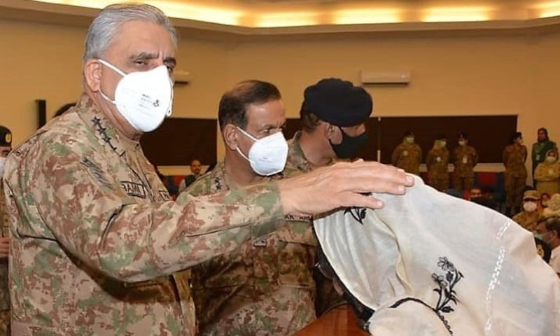COAS General Qamar Javed Bajwa also visited Khatoon-i-Pakistan Government Girls School, an initiative of Zindagi Trust. — Photo courtesy: Radio Pakistan