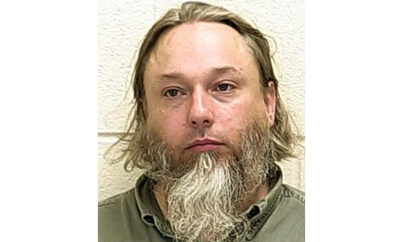 This undated file photo provided by the Ford County Sheriff's Office in Paxton, Ill, shows Michael Hari, a militia leader convicted of masterminding the bombing of a Minnesota mosque. — AP/File