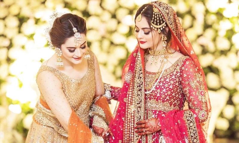 منال خان کا عروسی جوڑا 55 کاریگروں نے تیار کیا