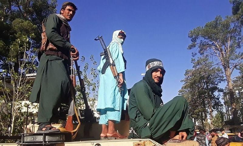 اندازے کے مطابق طالبان ملک کے دو تہائی حصے پر قابض ہیں— فوٹو: اے ایف پی