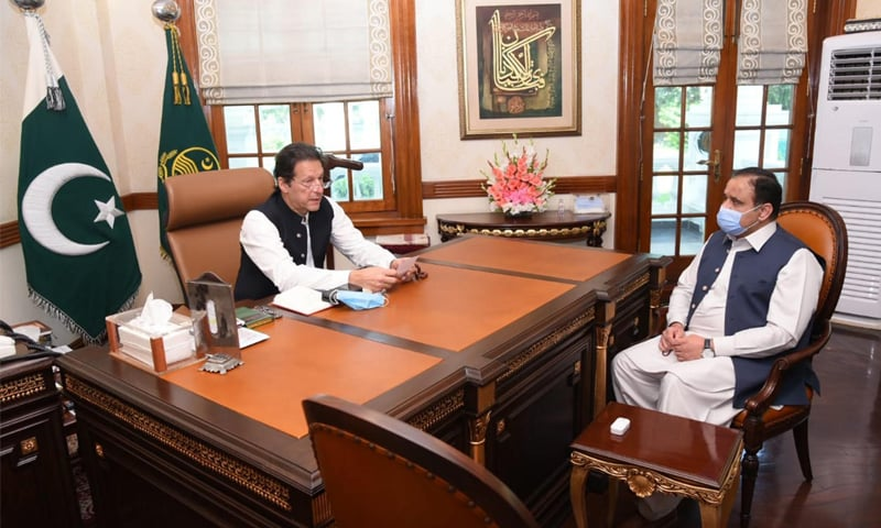 Prime Minister Imran Khan holds a meeting with Punjab Chief Minister Usman Buzdar in Lahore on Wednesday. — Photo courtesy PID website