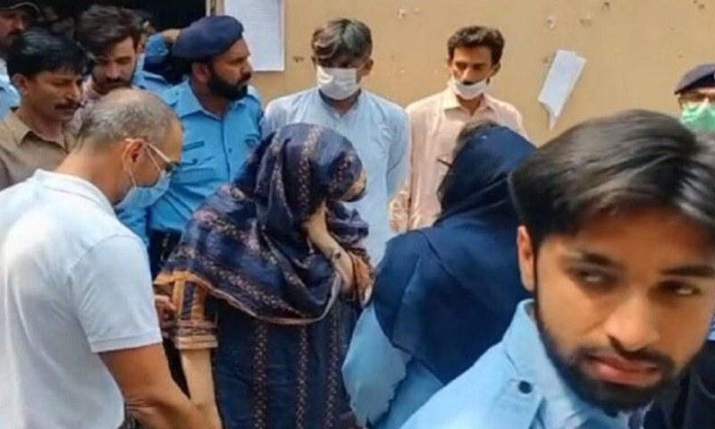 Zahir Zakir Jaffer's parents are brought to the court for hearing of Noor Mukadam murder case. — DawnNewsTV/File