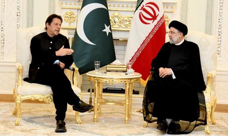 ایرانی صدر ابراہیم ریئسی اور وزیراعظم عمران خان کے درمیان دوشنبہے میں ملاقات ہوئی--