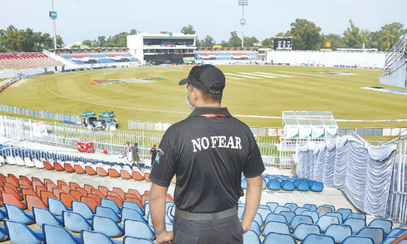 RAWALPINDI: A security man pictured at the Rawalpindi Cricket Stadium after New Zealand cancelled its tour to Pakistan on Friday.—Online