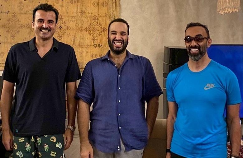 Saudi Crown Prince Mohammed bin Salman bin Abdulaziz (C) is seen with UAE's National Security Adviser Sheikh Tahnoun Bin Zayed Al Nahyan (R) and Emir of Qatar Sheikh Tamim Bin Hamad Al Thani (L). Picture courtesy: Bader Al Asaker/Twitter