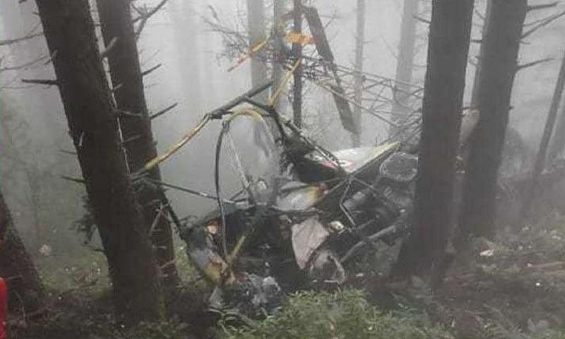 مقبوضہ کشمیر: ادھم پور میں بھارتی فوج کا ہیلی کاپٹر گر کر تباہ، 2 پائلٹ ہلاک