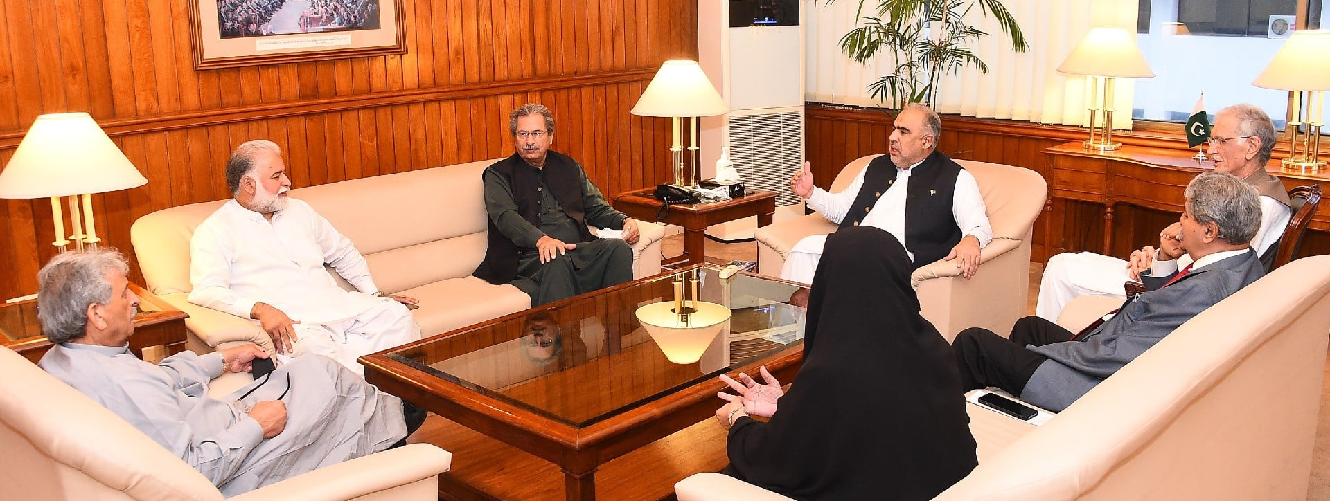 ISLAMABAD: National Assembly Speaker Asad Qaiser in a meeting with senior members of ruling and opposition parties at the Parliament House.—APP