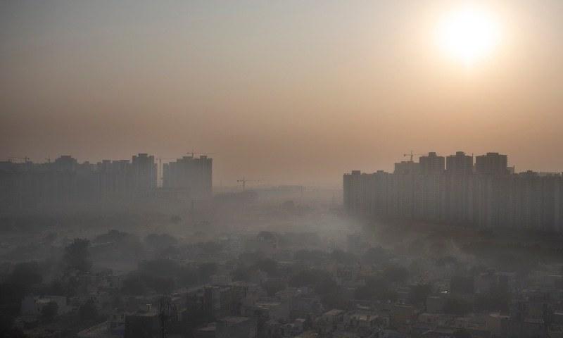 ڈبلیو ایچ او کی جانب سے ہوا کے معیار سے متعلق گائیڈ لائن مزید سخت کردیں—فائل فوٹو: اے ایف پی