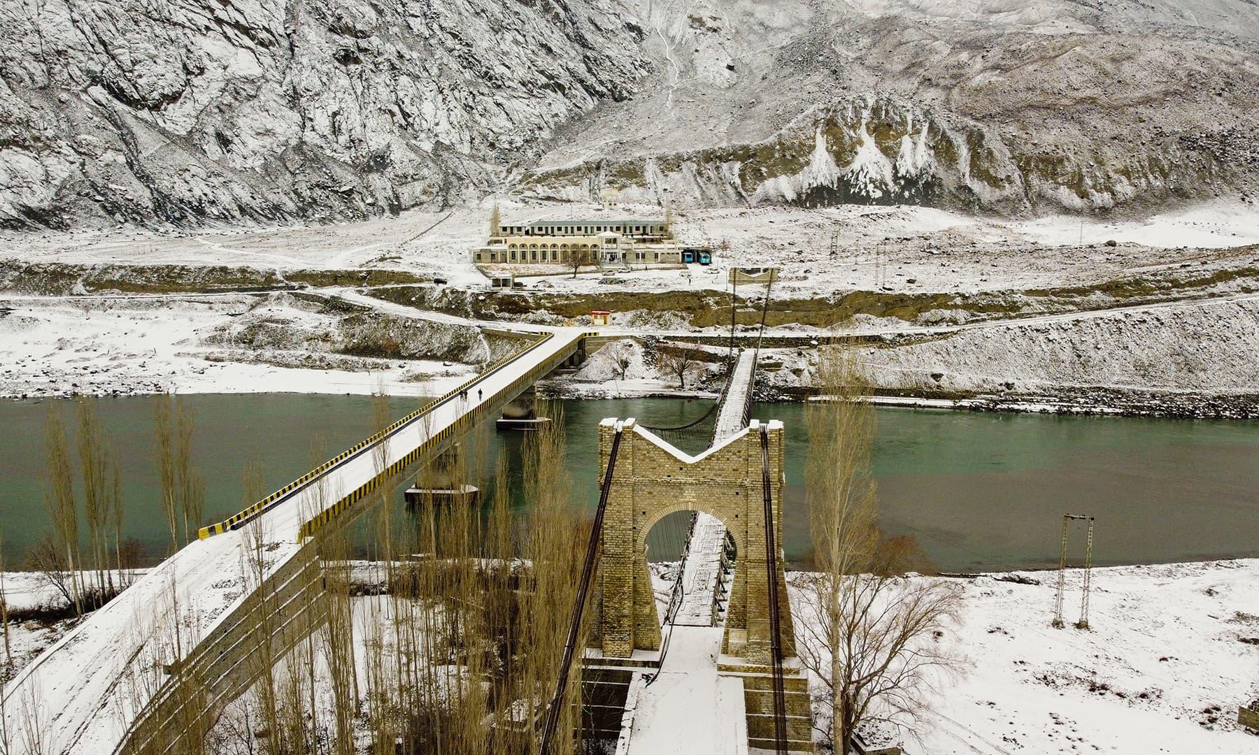 شگر شہر کا پرانا اور نیا پل