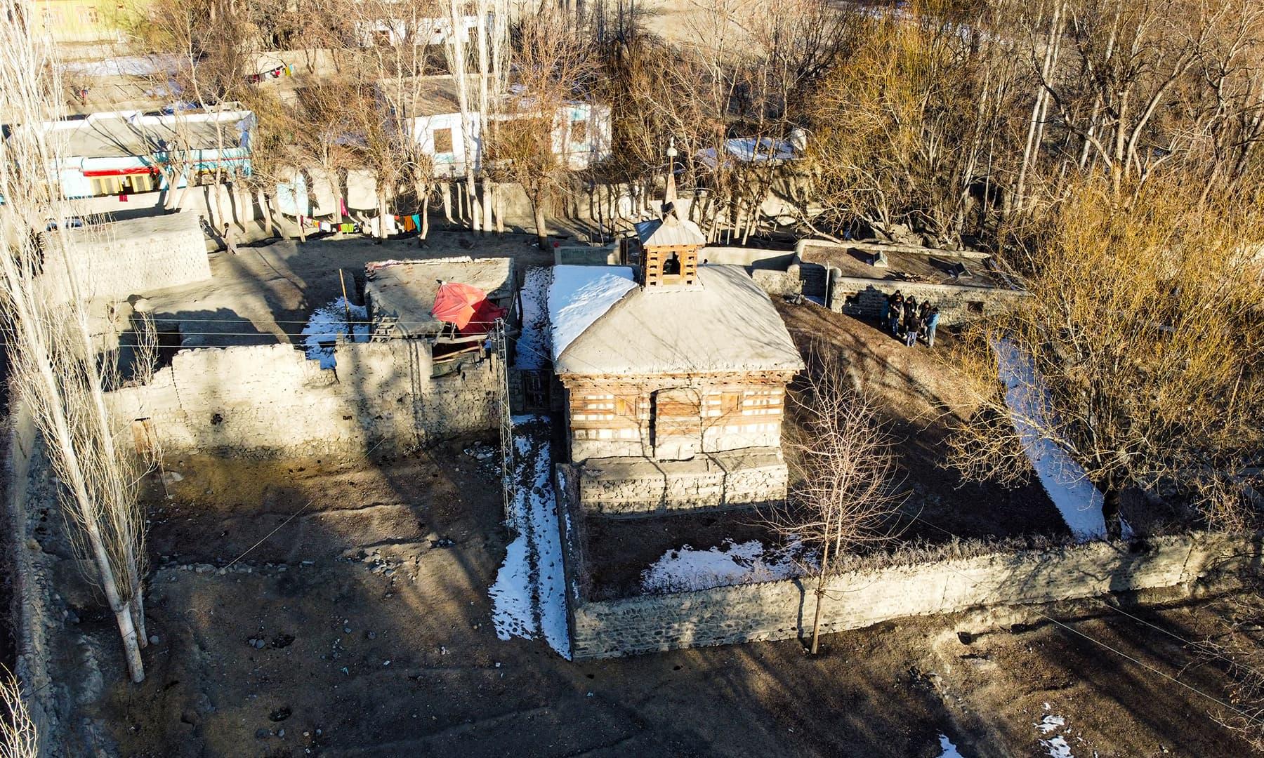شگر شہر میں واقع 700 سالہ قدیم مسجد