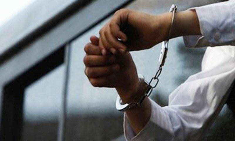 ایس پی ملیر کے دفتر پر دھاوا بولنے کے الزام میں تین مسلح افراد گرفتار