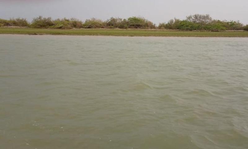کبھی دریائے سندھ کا میٹھا پانی یہاں کے باسیوں کے لیے لہر در لہر خوشیاں اور جیون کے سندیسے لاتا تھا