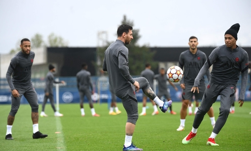PARIS: Paris St Germain's (L to R) Neymar, Lionel Messi and Kylian Mbappe take part in a training session at the Camp des Loges ground on Monday. — AFP