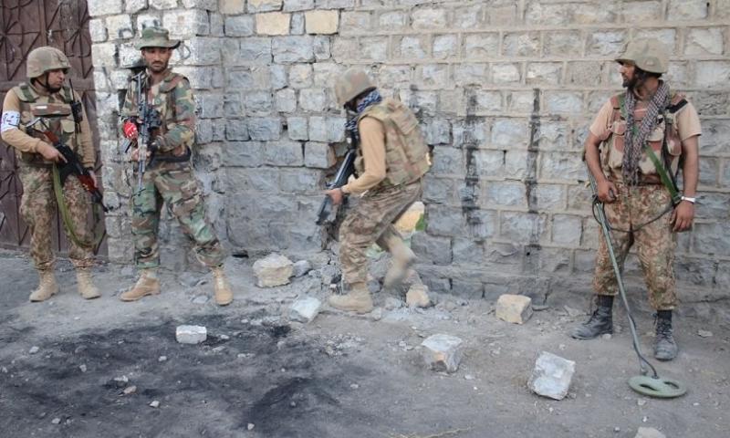 پاک فوج نے خفیہ اطلاع پر کارروائی کی--فوٹو :بشکریہ آئی ایس پی آر