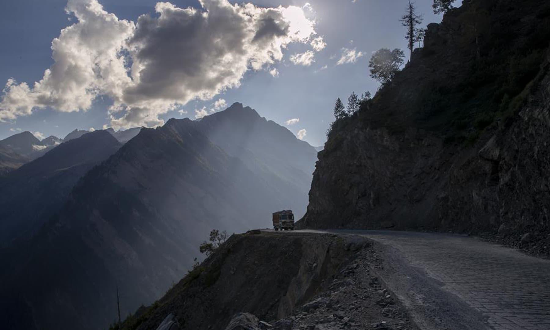 A lone truck travels on the Zojila Pass, northeast of Srinagar in Indian-occupied Kashmir. — AP