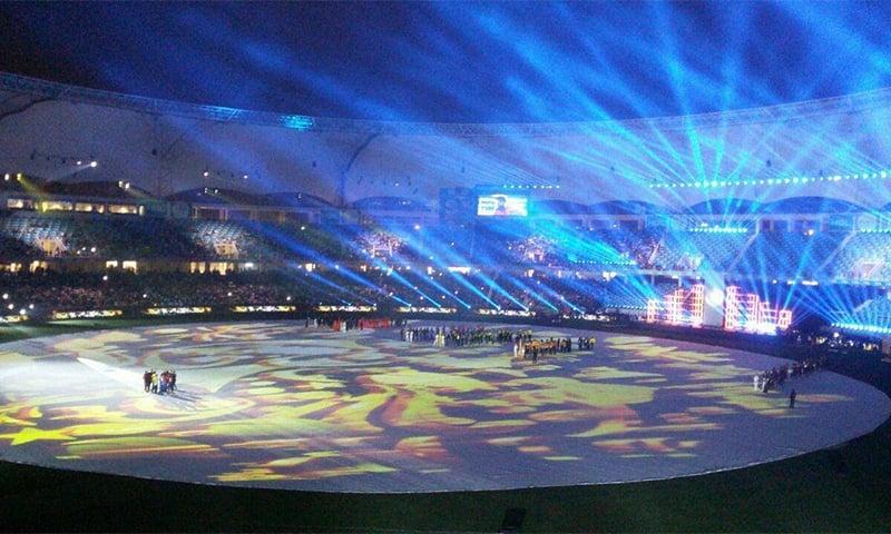 دبئی کرکٹ اسٹیڈیم —تصویر: عادل ملکی