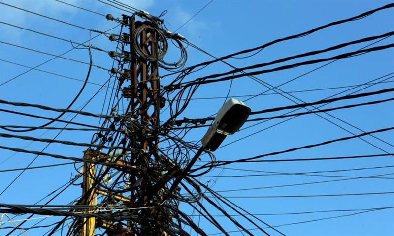 لبنان مکمل طور پر تاریکی میں ڈوب گیا، کئی دن تک بجلی نہ آنے کا خدشہ