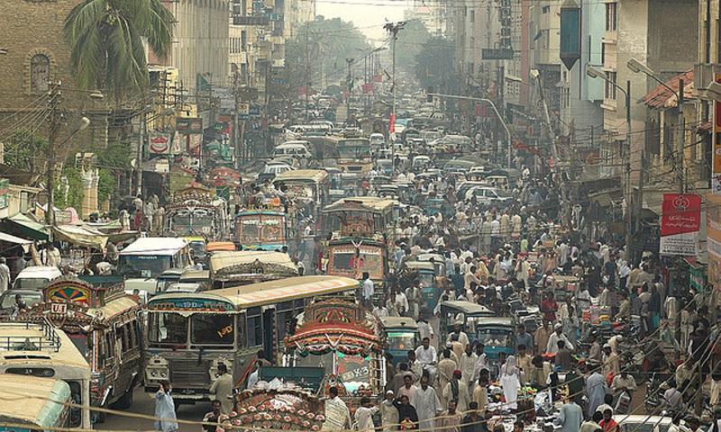 A file photo of a busy Karachi street. — Dawn/File