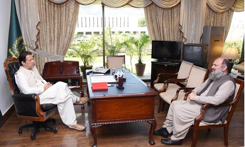 Balochistan Chief Minister Jam Kamal Khan Alyani meets Prime Minister Imran Khan on Thursday. — Photo: Balochistan govt
