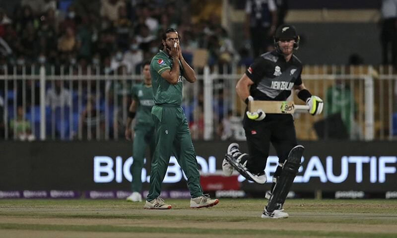 Imad Wasim reacts after bowling a delivery during the Twenty20 World Cup match between Pakistan and New Zealand in Sharjah, UAE, Tuesday. — AP