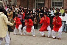 امن کے لئے رقص