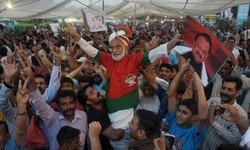 MQM celebrates Altaf's release