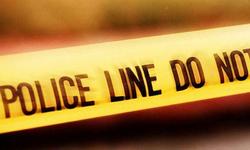 One killed in Sultanabad firing; bomb defused in Manghopir