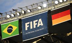 فٹبال ورلڈکپ میں دو طاقتور ٹیموں کا ٹکراؤ