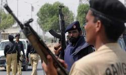 Four gang war suspects arrested during Karachi operation