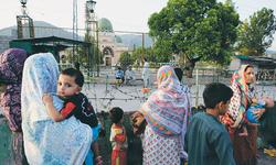 Footprints: Bari Imam Urs — A spent festival