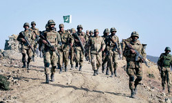 Army says 910 'terrorists', 82 soldiers killed in North Waziristan