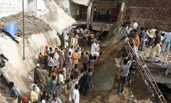 Lahore mosque roof collapse: Four more bodies pulled out from under the rubble