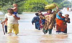پشتے میں شگاف کے بعد سیلاب سے مظفرگڑھ کو خطرہ