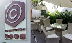 Cosmopolitan cafe: Modern decor, sinfully amazing dessert