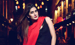 Na Maloom Afraad's Kubra Khan to make Bollywood debut with 'Welcome to Karachi'