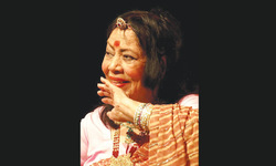 Kathak legend Sitara Devi dies at 94