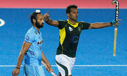 Pakistan defeat India to meet Germany in Champions Trophy final