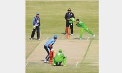 Imran, Umar on song as SNGPL, Lions win
