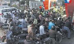 Scramble for petrol as fuel crisis looms over Karachi