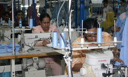 Exporters panicky at drop  in textile exports