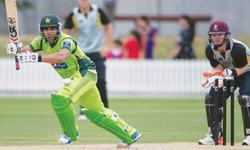 Pollard hands Pakistan second successive defeat