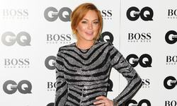 Prosecutor questions Lindsay Lohan's community service