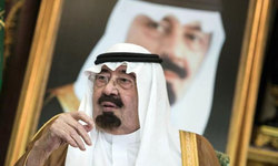 Kuwait arrests online activists for criticising deceased Saudi king