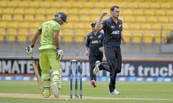 New Zealand record comfortable win over Pakistan in first ODI