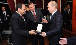Putin in Egypt in bid to expand Russian influence